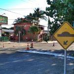 Secretaria de Obras instala quebra-molas na Avenida Palmares e Quintão receberá operação tapa-buracos