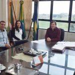 Gerente do Banco do Brasil doa árvores nativas ao Município